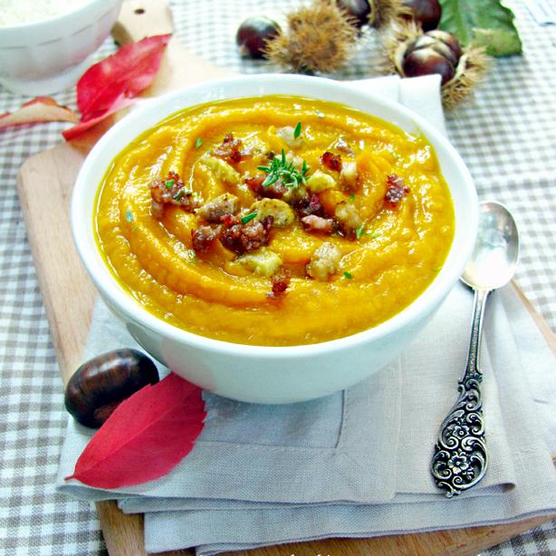 Суп-пюре из тыквы и каштанов